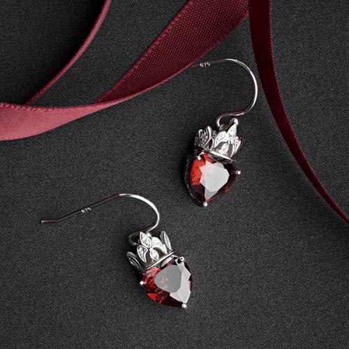 皇冠桃心复古大气红锆银耳坠 欧美新款时尚耳环女款