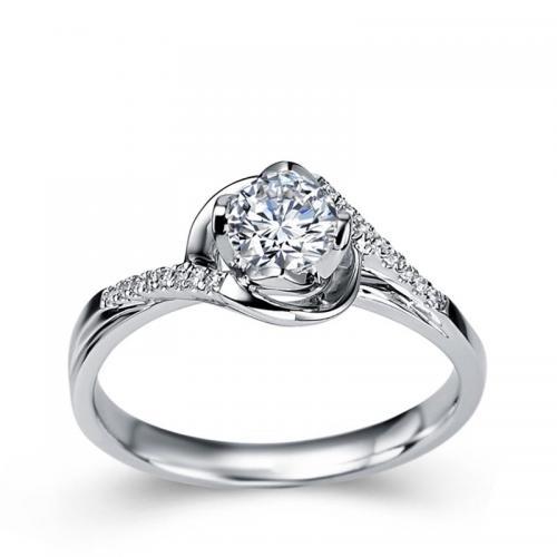 18K金钻石戒指婚戒订婚结婚求婚钻戒女款